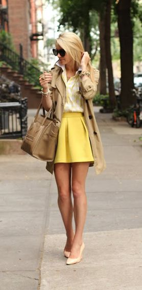 Office Style: We love this neutral look with a pop of color