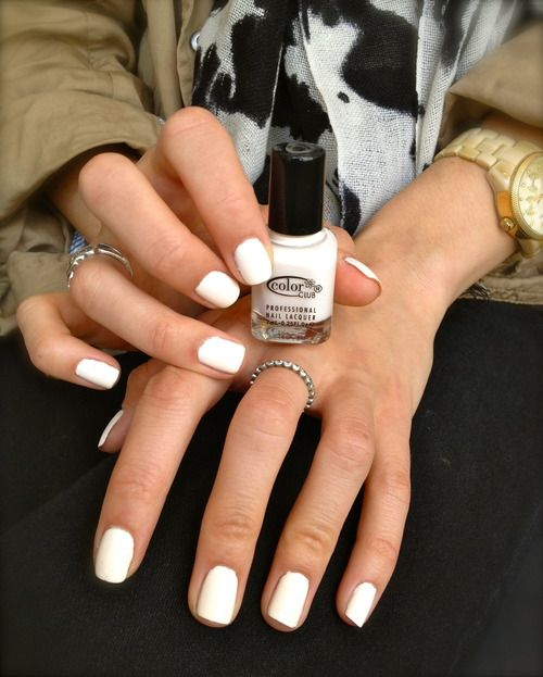 Nail Inspo: White Nails are Perfect for Tanned Skin